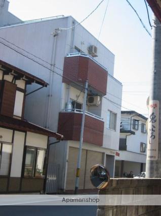 岐阜県高山市、高山駅徒歩12分の築14年 3階建の賃貸アパート