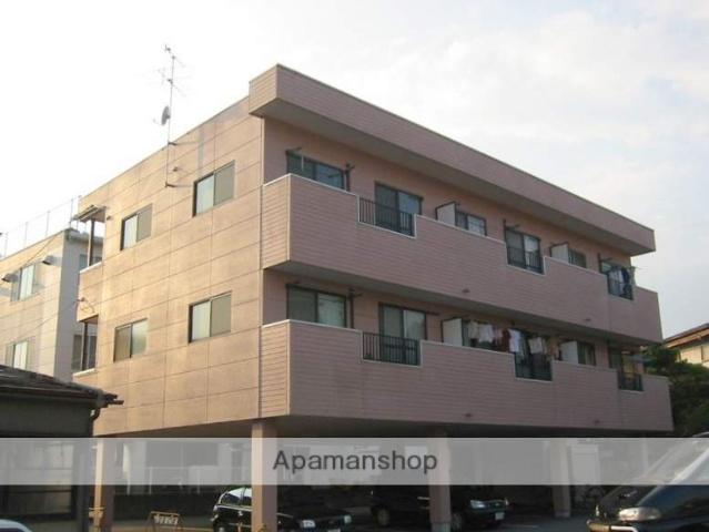 岐阜県高山市、高山駅のらマイカーバス11分斐太高校前下車後徒歩2分の築17年 3階建の賃貸アパート