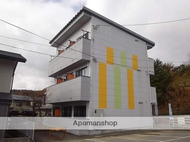 岐阜県高山市、高山駅のらマイカーバス21分矢林下車後徒歩7分の築15年 3階建の賃貸アパート