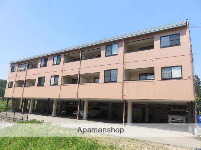 岐阜県高山市、高山駅のらマイカーバス23分塩屋クラブ前下車後徒歩2分の築13年 3階建の賃貸アパート