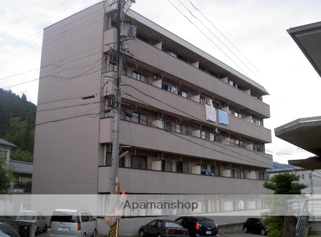 岐阜県下呂市、下呂駅濃飛バスバス2分農協前下車後徒歩5分の築24年 5階建の賃貸アパート