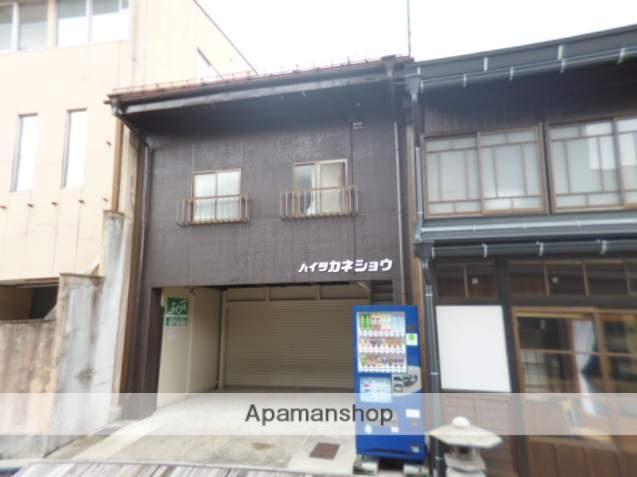 岐阜県高山市、高山駅のらマイカーバス15分高信本店前下車後徒歩1分の築32年 2階建の賃貸アパート
