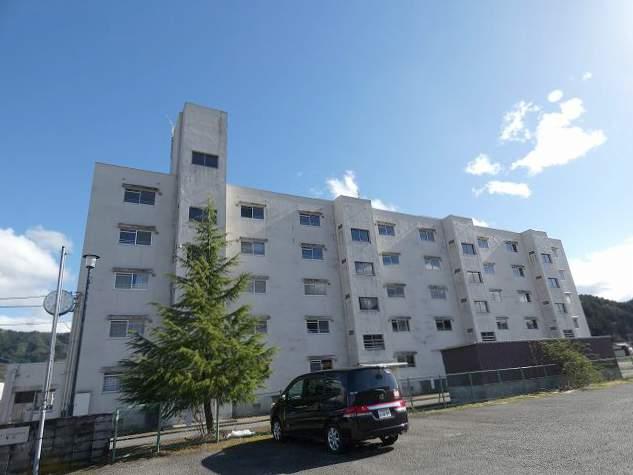 岐阜県高山市の築44年 5階建の賃貸マンション