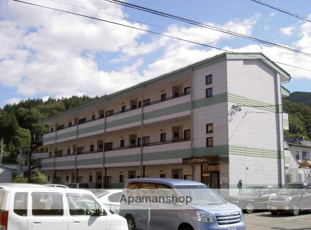 岐阜県高山市、高山駅のらマイカーバス24分片野町1丁目下車後徒歩2分の築21年 3階建の賃貸アパート