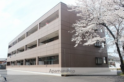 岐阜県各務原市、長森駅徒歩32分の築16年 3階建の賃貸アパート