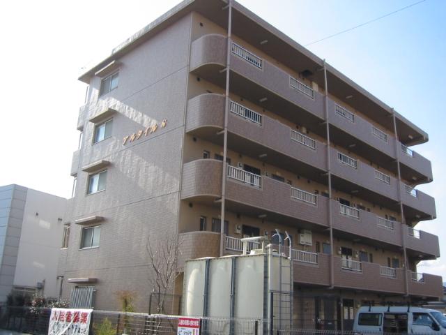 静岡県富士市、富士駅徒歩24分の築20年 5階建の賃貸マンション