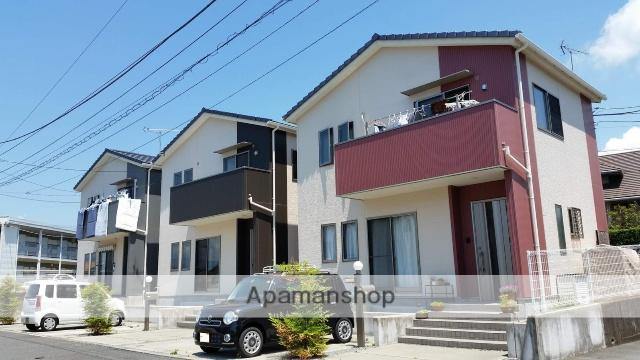 静岡県富士市、入山瀬駅徒歩38分の築6年 2階建の賃貸タウンハウス