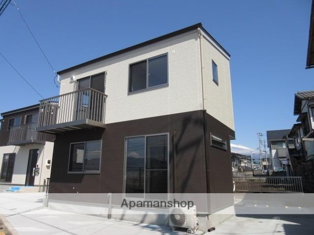 静岡県富士市、竪堀駅徒歩39分の新築 2階建の賃貸一戸建て