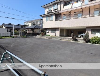 石坂貸家 2階[4DK/107.78m2]の駐車場