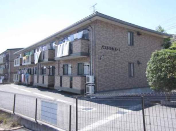 静岡県三島市の築14年 2階建の賃貸アパート