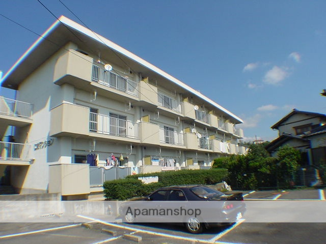 静岡県三島市、三島田町駅徒歩20分の築38年 3階建の賃貸マンション