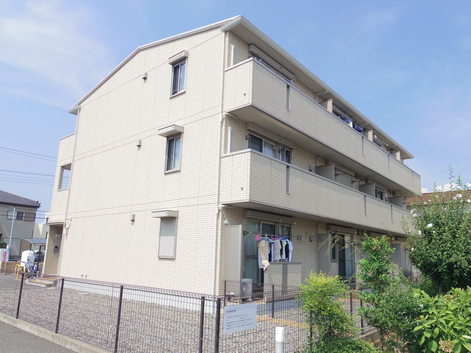静岡県三島市、大場駅徒歩14分の築5年 3階建の賃貸アパート