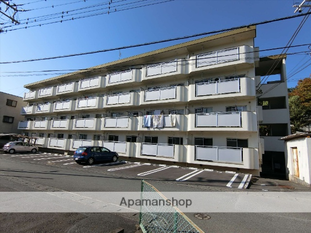静岡県三島市、三島駅徒歩17分の築29年 4階建の賃貸マンション