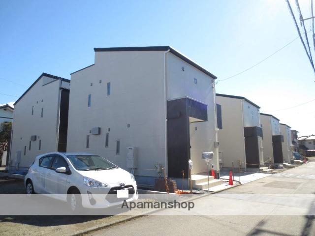 静岡県駿東郡長泉町、下土狩駅徒歩17分の新築 2階建の賃貸一戸建て