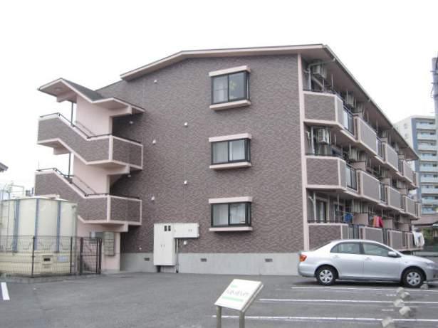静岡県駿東郡長泉町、三島駅徒歩19分の築15年 3階建の賃貸マンション