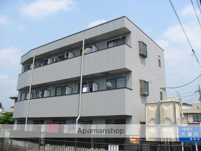静岡県三島市の築18年 3階建の賃貸アパート