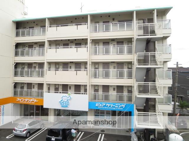 静岡県駿東郡清水町、三島駅徒歩29分の築35年 5階建の賃貸マンション
