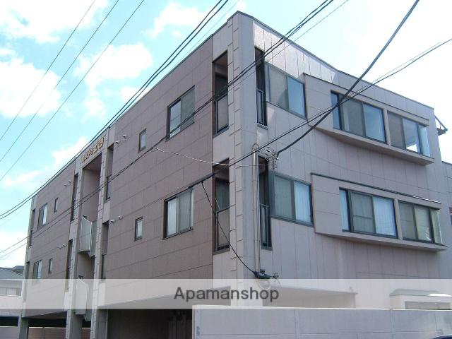 静岡県沼津市の築22年 3階建の賃貸アパート