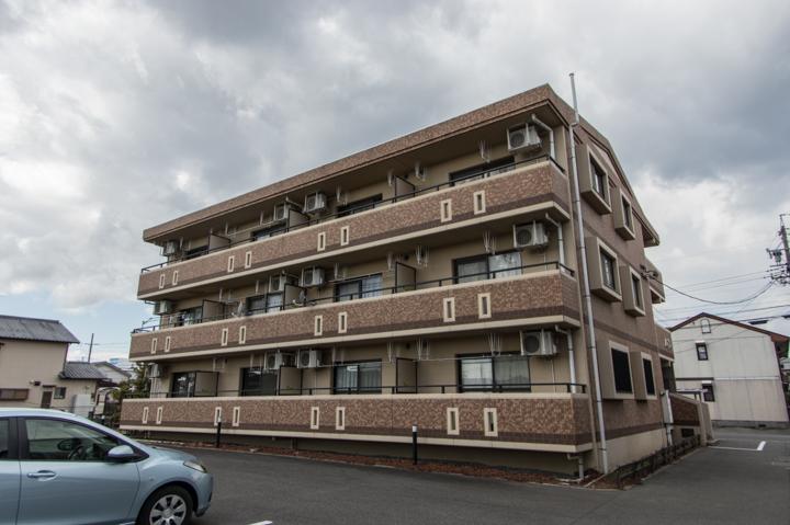 静岡県焼津市、焼津駅徒歩53分の築10年 3階建の賃貸マンション