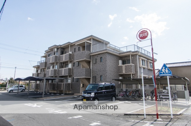 静岡県焼津市の築8年 2階建の賃貸マンション