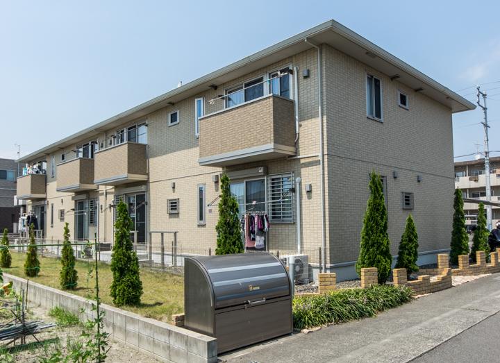 静岡県焼津市、焼津駅バス8分登呂田下車後徒歩10分の築5年 2階建の賃貸アパート