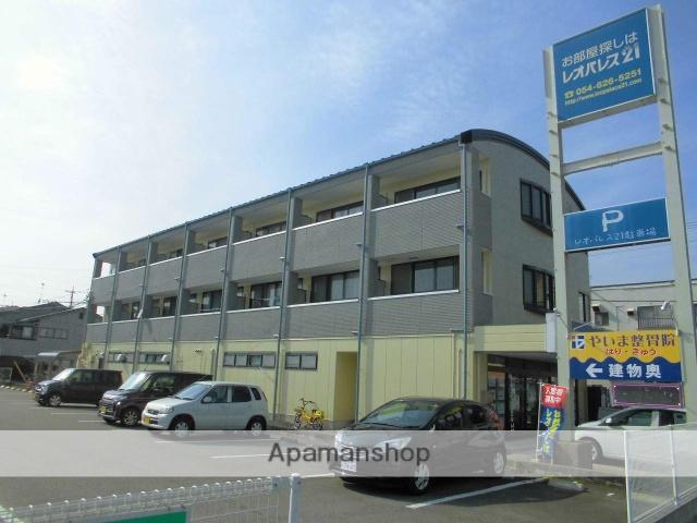 静岡県焼津市、焼津駅徒歩8分の築23年 3階建の賃貸アパート