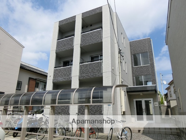 静岡県浜松市中区、第一通り駅徒歩22分の築6年 3階建の賃貸マンション