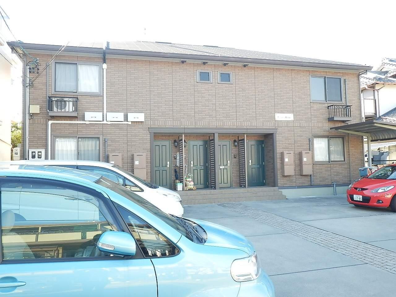 静岡県浜松市東区、浜松駅遠鉄バスバス14分サーラ下車後徒歩4分の築8年 2階建の賃貸アパート