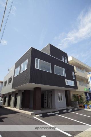 静岡県浜松市中区、浜松駅徒歩44分の築7年 3階建の賃貸アパート