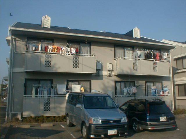 静岡県浜松市中区、浜松駅遠鉄バスバス23分上北下車後徒歩2分の築32年 2階建の賃貸アパート