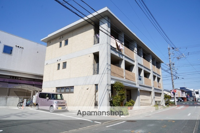 静岡県浜松市中区、浜松駅遠鉄バスバス23分泉町中下車後徒歩2分の築6年 3階建の賃貸マンション