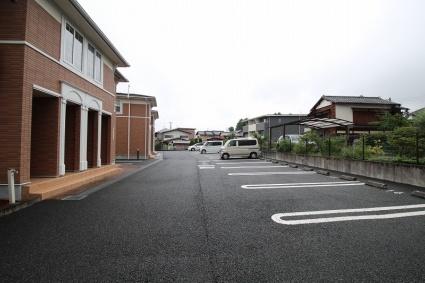 エスポワール ウェスト[2DK/45.72m2]の駐車場