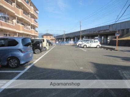 デュークヒル松本 [3DK/60.56m2]の駐車場