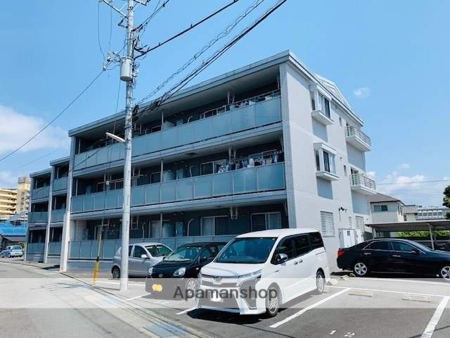 静岡県富士市、新富士駅徒歩20分の築8年 3階建の賃貸マンション