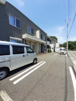 ルラールアドバンスⅡ[1LDK/41.49m2]の駐車場