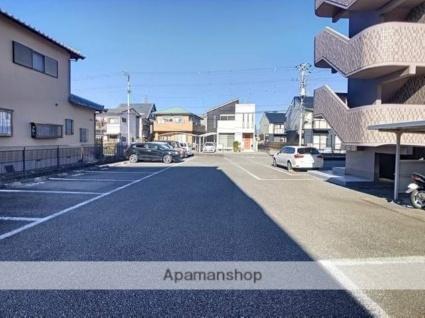 鈴信マンション[1DK/30.29m2]の駐車場
