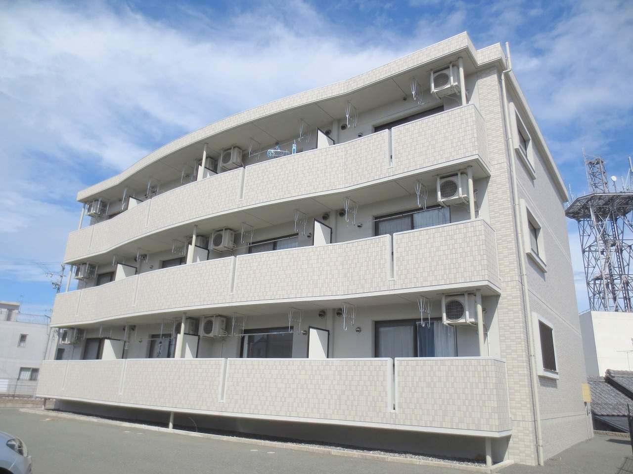 静岡県湖西市、新居町駅徒歩42分の築7年 3階建の賃貸マンション