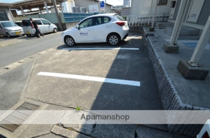 マリーンⅡ[1R/19.23m2]の駐車場