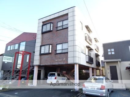 静岡県浜松市東区、天竜川駅徒歩24分の築22年 3階建の賃貸アパート
