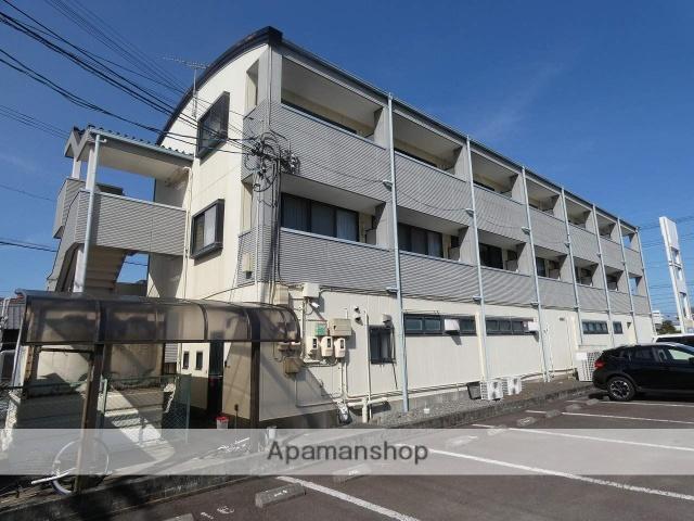 静岡県焼津市、焼津駅徒歩10分の築23年 3階建の賃貸アパート