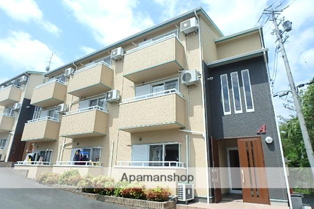 静岡県磐田市の築11年 3階建の賃貸アパート
