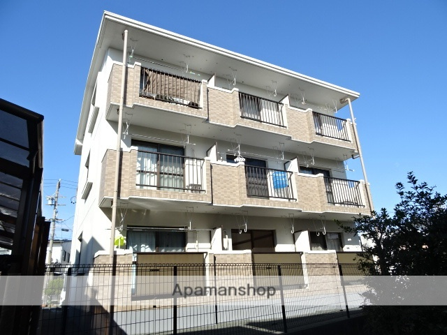 静岡県浜松市南区、天竜川駅徒歩30分の築16年 3階建の賃貸マンション