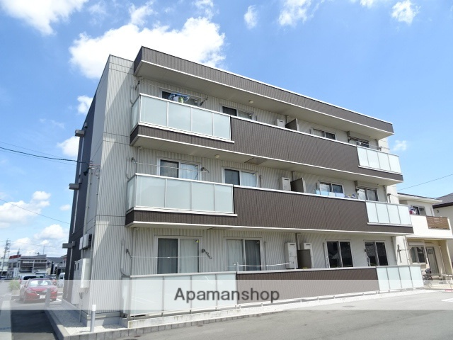 静岡県浜松市浜北区、遠州小松駅徒歩17分の築1年 3階建の賃貸アパート