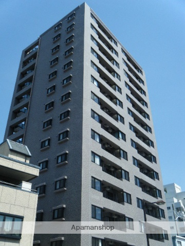静岡県浜松市中区、浜松駅徒歩13分の築6年 14階建の賃貸マンション