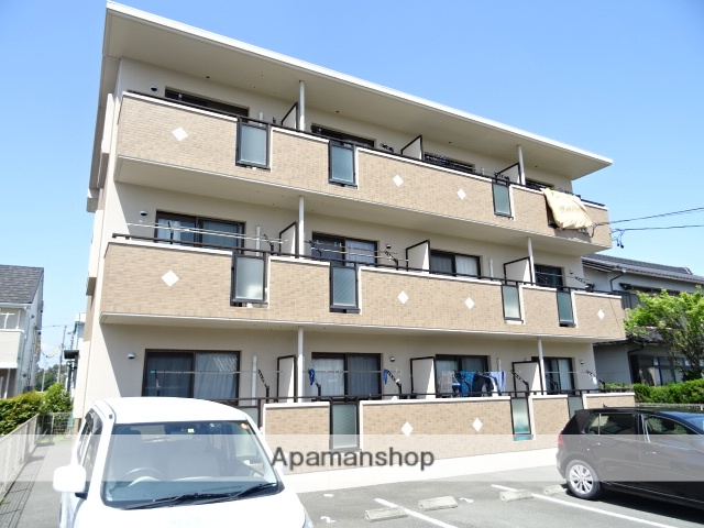 静岡県湖西市、新居町駅徒歩15分の築8年 3階建の賃貸マンション