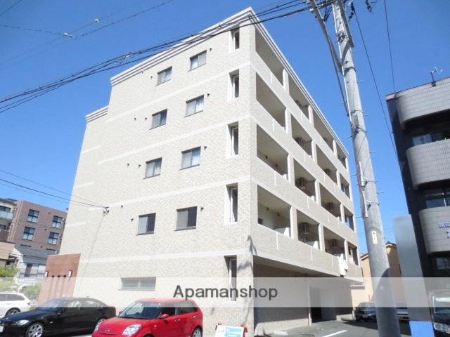 静岡県浜松市中区、浜松駅徒歩10分の築11年 5階建の賃貸マンション