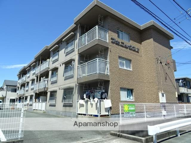 静岡県浜松市南区、天竜川駅徒歩25分の築26年 3階建の賃貸マンション