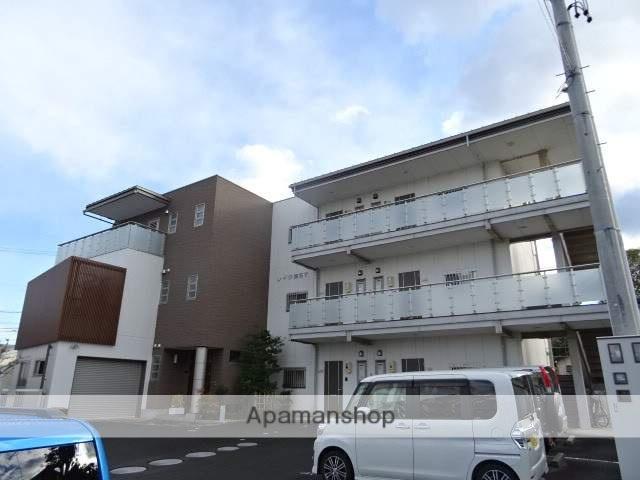 静岡県湖西市、新居町駅遠鉄バスバス9分小名川下車後徒歩5分の築9年 3階建の賃貸アパート