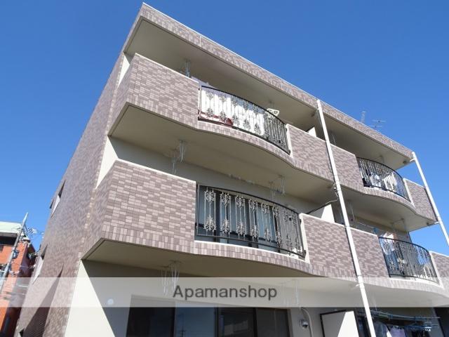 静岡県浜松市浜北区、遠州小松駅徒歩20分の築15年 3階建の賃貸マンション