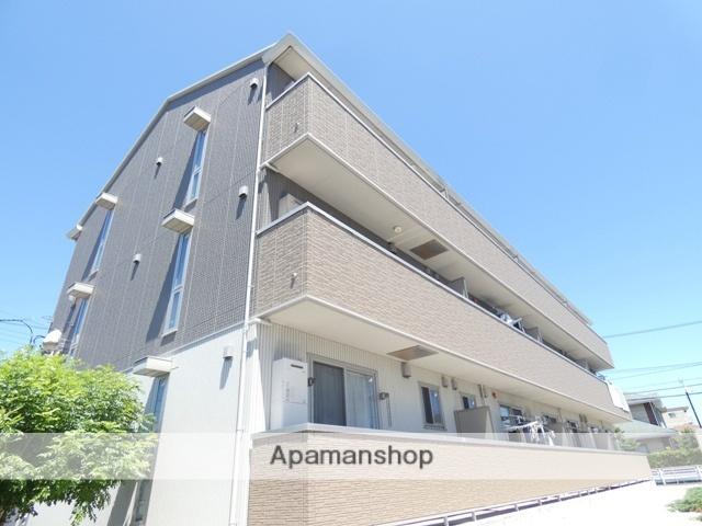 静岡県浜松市東区、天竜川駅徒歩9分の築3年 3階建の賃貸アパート